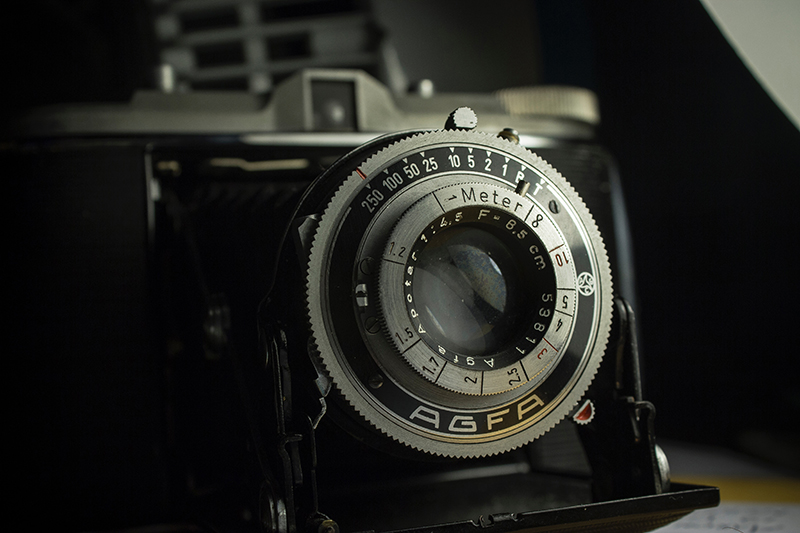 analog-antique-aperture-1121952.jpg